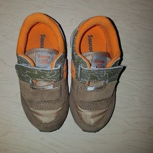 Saucony Shoes - Saucony sneakers size 7